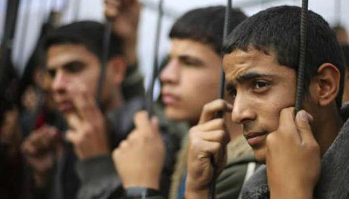 داخلية غزة: مصر تفرج عن 40 معتقلا فلسطينيا وترحلهم لغزة